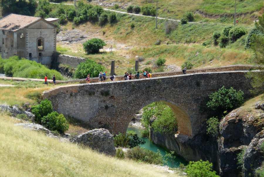 Senderismo Cristal de Roca Hoz del Turia y Puentes Colgantes
